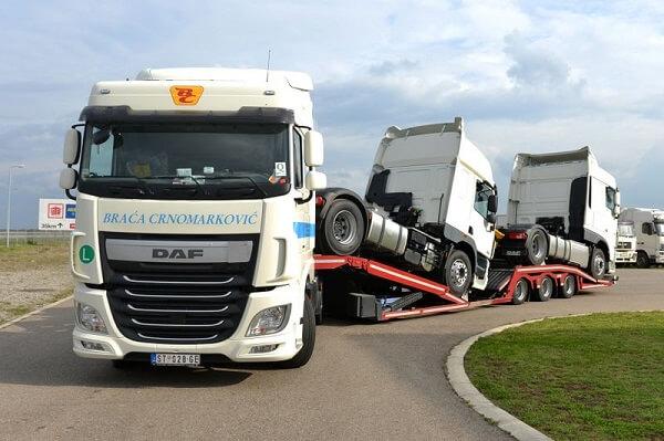 Transport von Baumaschinen, Maschinen und LKW's Braća Crnomarković